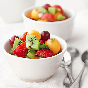 fruit-bowl-salad-with-honey-mint-dressing-R135748-ss